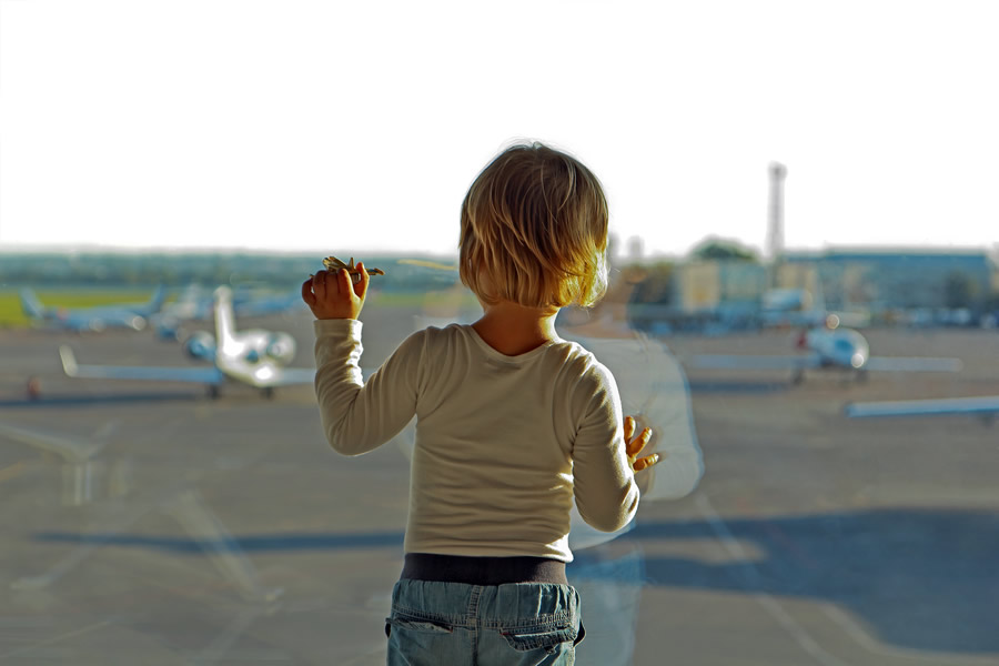 Holidays abroad with children after separation or divorce